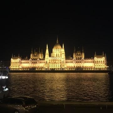 budapest-parliment